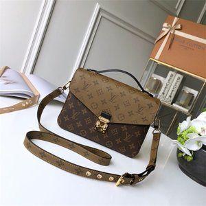 Louis Vuitton M44876 Pochette Metis Shoulder Bags